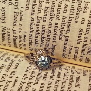 Jewelry - Itsy Bitsy Spider!  1ct Moissanite Sterling Ring